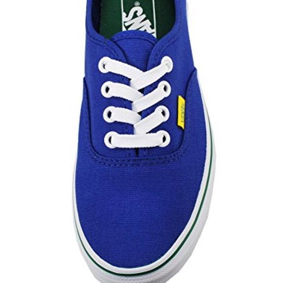 fd992fcdaaa8 Vans Unisex Authentic Olympic Fashion Sneaker